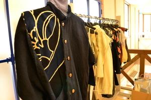 古布の洋服.JPGのサムネール画像